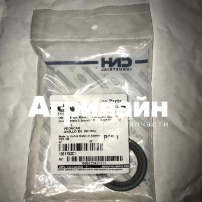 Резиновое уплотнение Case CNH New Holland 1961753c1