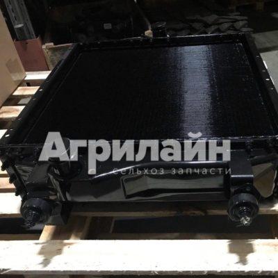 Водяной радиатор на МТЗ 1520-1301.010Б-01
