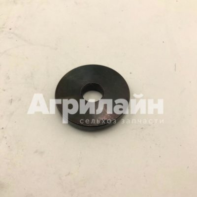 Шайба регулировочная 550595 углового редуктора Manitou